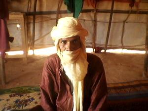 Anara Ag Achanfari, Instituteur dans les camps de réfugiés du Burkina Faso